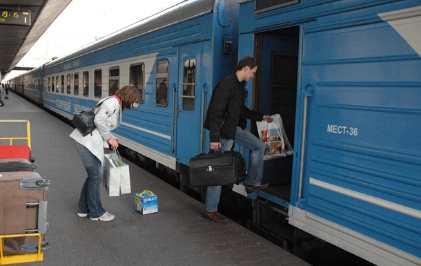 НаПасху поезд изстолицы вЗапорожье будет ездить чаще