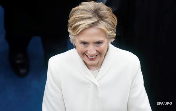 Клінтон мала доступ до секретної інформації під час виборів - сенатор