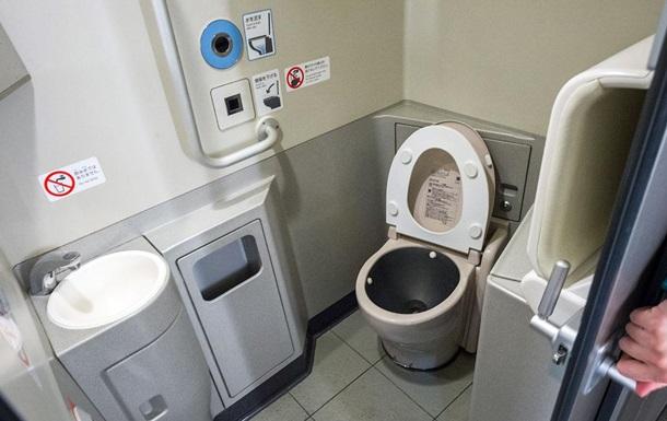 Укрзализныця хочет купить туалеты по миллиону