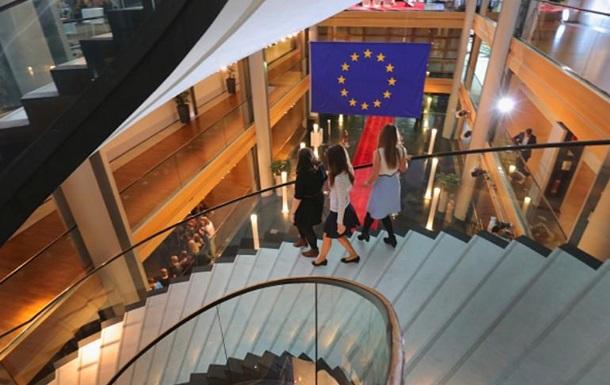 Засідання щодо безвізу: Європарламент евакуювали