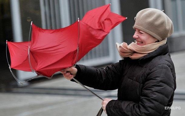 ГСЧС: Сегодня вКиеве иобласти ожидаются сильные порывы ветра