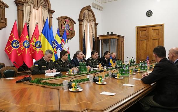 Полторак— конгрессменам США: Реформа армии идет поплану