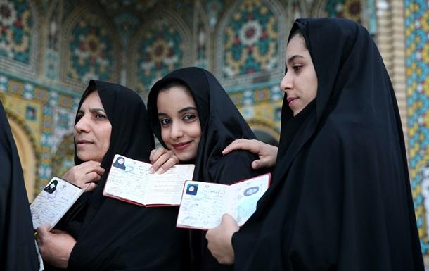 На пост президента Ирана претендуют 1636 человек