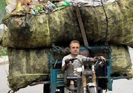 Командующий «мусорным фронтом» против Украины