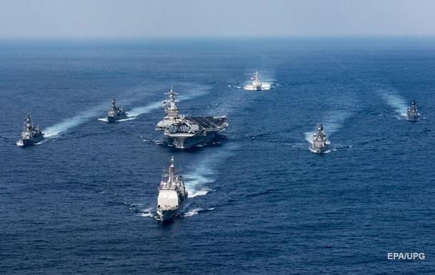 Авианосная группа США вошла в Японское море