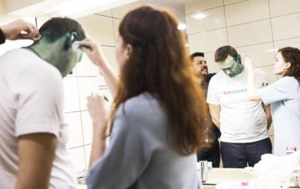 Против напавших на Навального возбудили уголовное дело