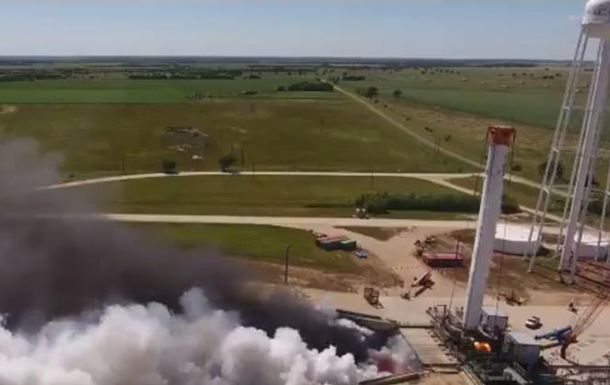 SpaceX испытала  ядро  мощнейшей ракеты Falcon Heavy