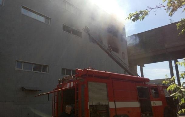 ВКиеве произошел масштабный пожар налевом берегу— ГСЧС