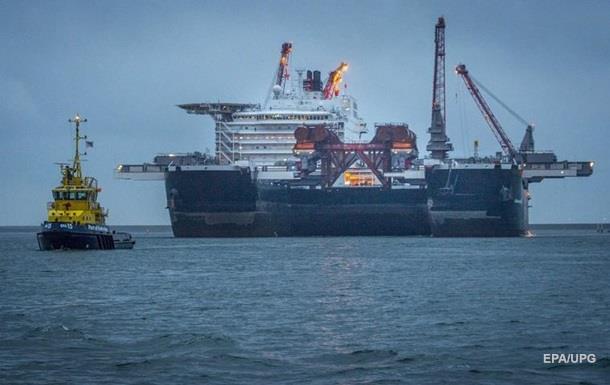 ПоБосфору прошел корабль, который будет вести прокладку трубопровода «Турецкий поток»
