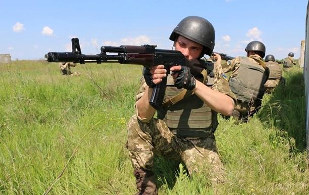 Военным приказали с полуночи прекратить огонь