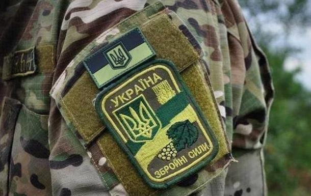 Во Львове на улице обнаружили мертвого военного