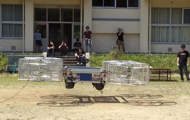 Прототип летающего авто Toyota показали на видео
