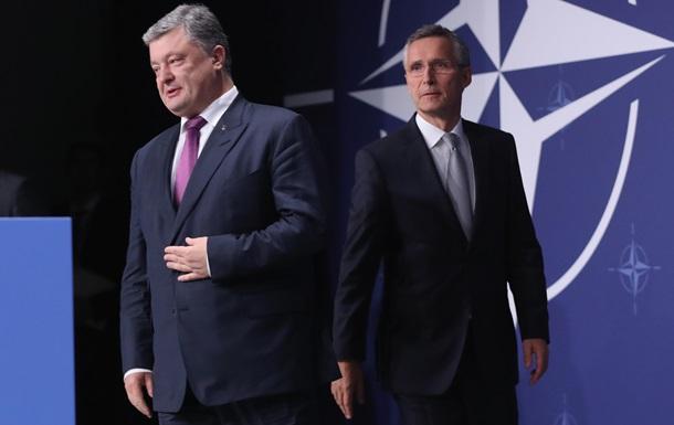 Порошенко: Спочатку реформи, а потім заявка в НАТО