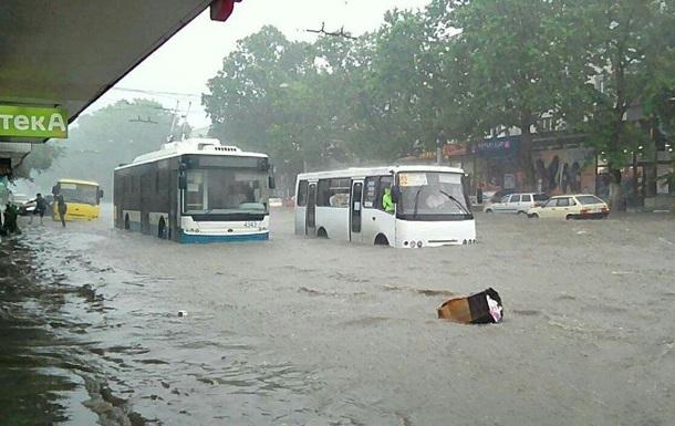 Ливень затопил Брест
