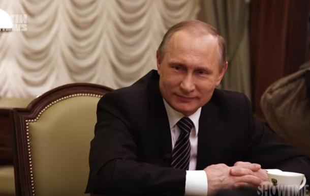 Путін запевняє, щоРФ «ніколи невтручається увнутрішні процеси інших держав»