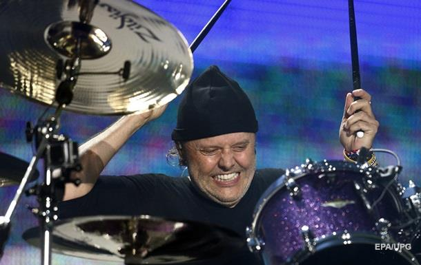 Барабанщик Metallica получил вДании рыцарский титул