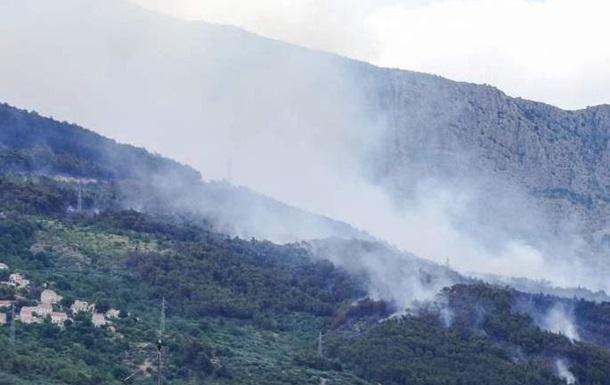 В Хорватии из-за пожаров эвакуировали сотни туристов