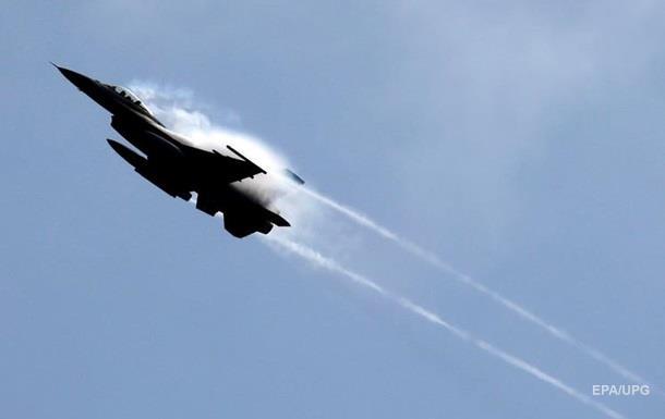 НАТО о перехвате F-16: О Шойгу на борту не знали