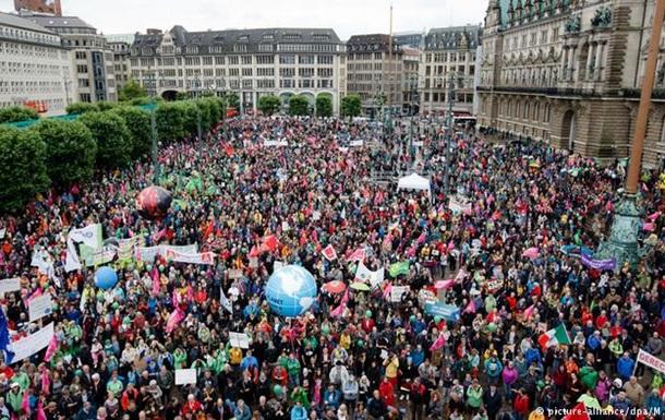 В Гамбурге тысячи людей протестуют перед саммитом G20