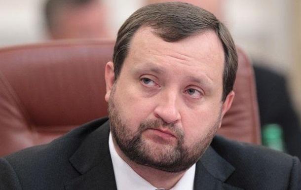 Экс-глава НБУ: Рост зарплат в Украине компенсируется их массовой невыплатой