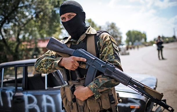 Нацгвардійцй затримали наблокпосту взоні АТО бойовика і росіянина