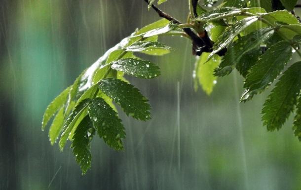 В Украину пришли дожди с грозами и похолодание