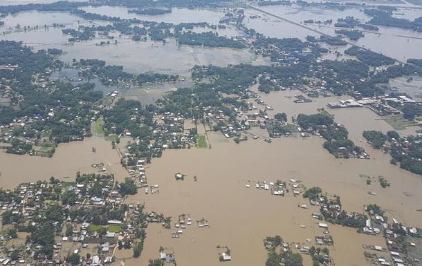 В Индии масштабное наводнение: около 100 погибших