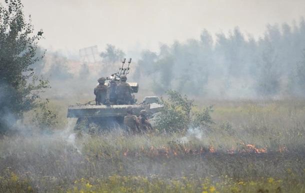 Один український військовий поранений, один травмований взоні АТО минулої доби