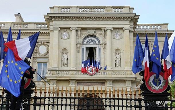 Франція вимагає від Росії засудити бойовиків за«Малоросію»