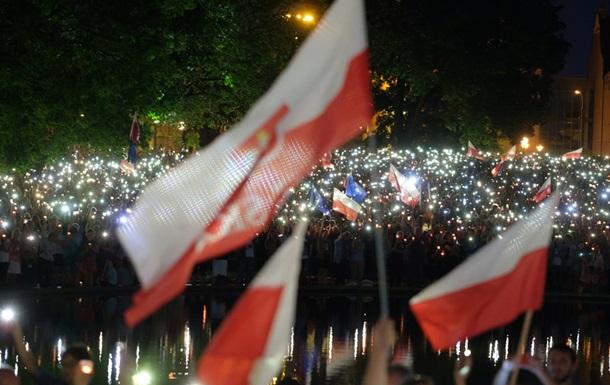 Сенат Польщі ухвалив без поправок законопроект про реформу Верховного суду