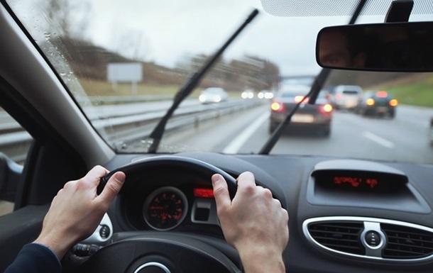 Вчені назвали небезпеку довгого керування авто