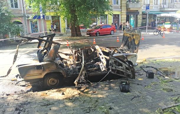 СБУ: Задержаны организаторы взрыва авто в Одессе