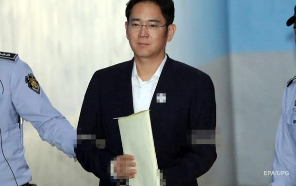 Главе Samsung грозит 12 лет тюрьмы за коррупцию