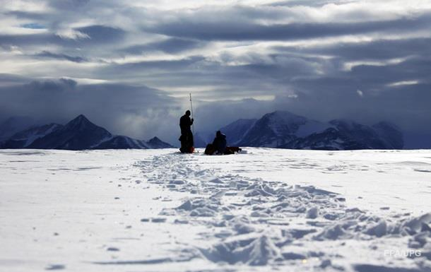 Під льодами Антарктиди виявили понад 90 вулканів
