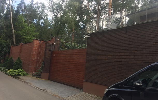 Журналисты засняли дом Януковича в Подмосковье