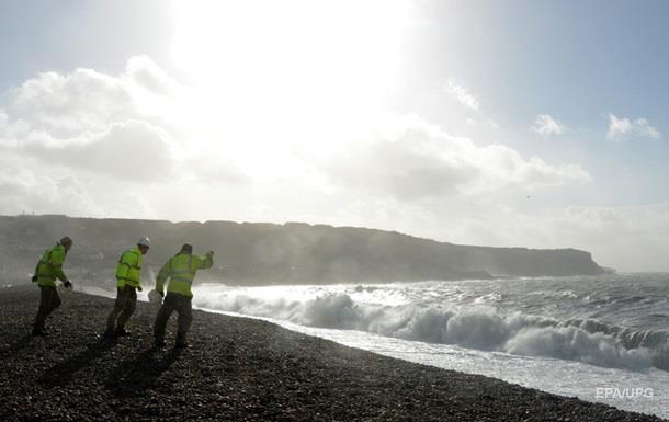 На пляже в Британии появилось  облако хлора