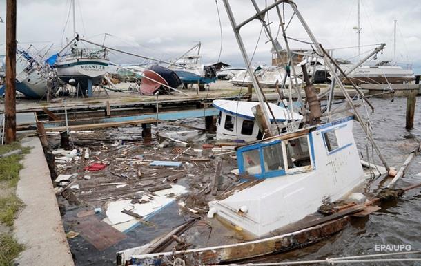 США сократили добычу нефти в Мексиканском заливе из-за урагана