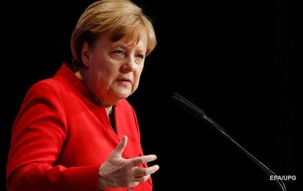 Німеччина може посилити політику щодо Туреччини,— Меркель