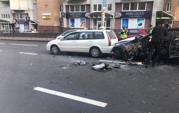 Полиция: Взрыв в центре Киева может быть терактом