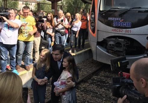 Возвращение Саакашвили: пять моментов, вызывающих недоумение