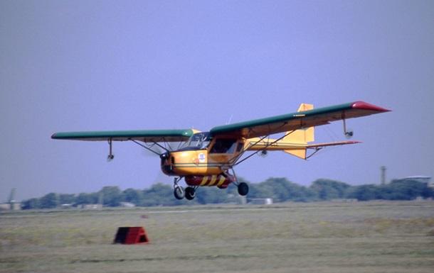 2056854 Легкий самолет НАРП 1 упал вХарьковской области