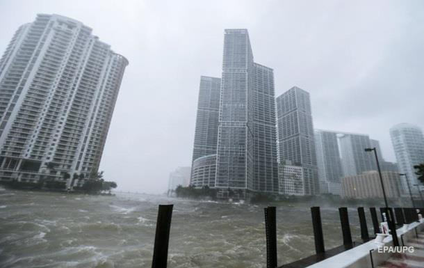 Монстр Ирма затопила Солнечный штат. Ураганы в США