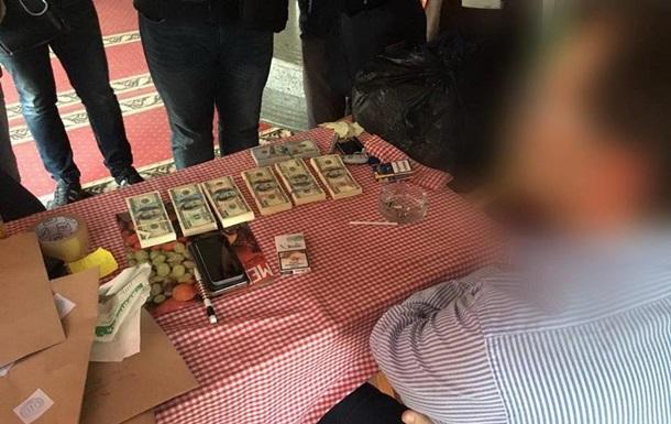 Топ-менеджер «Укрзализныци» схвачен  навзятке $70 тыс.