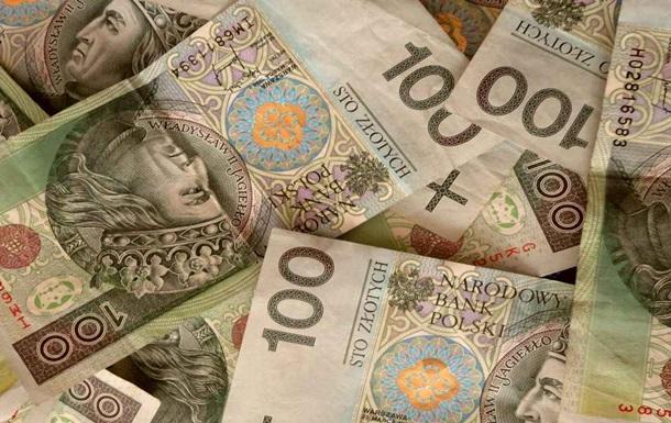 Торік українці перевели з Польщі $2,2 млрд
