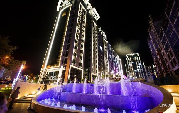 В Киеве открыли уникальную 150-метровую аллею музыкальных фонтанов