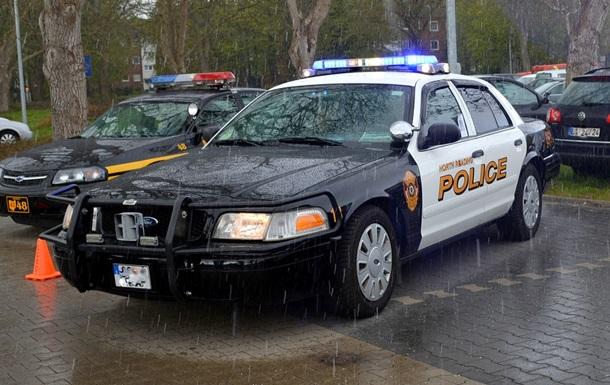 В США полиция выстрелила в играющего грабителя актера