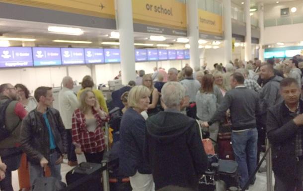 Ваеропортах повсьому світу фіксують збій систем реєстрації