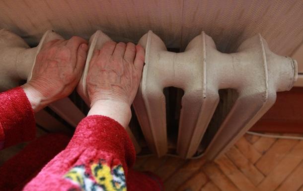 В Киеве включают отопление школам, детсадам и больницам