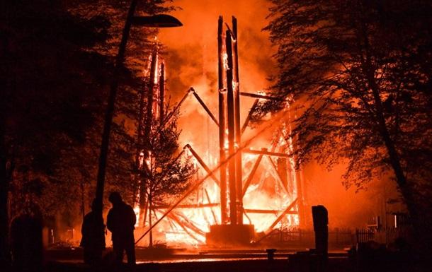 В Германии пожар уничтожил башню Гете