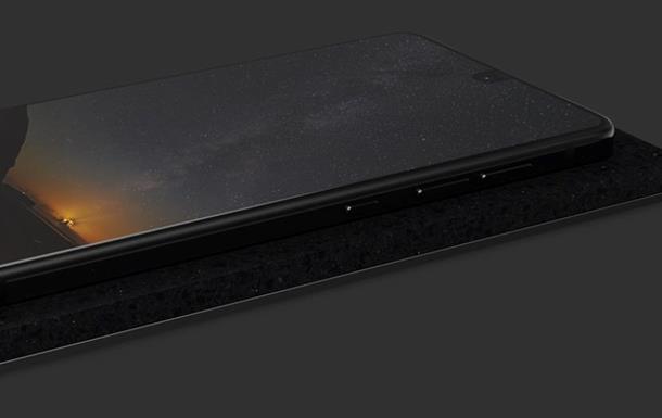 Производителя смартфонов Essential обвинили в краже технологии